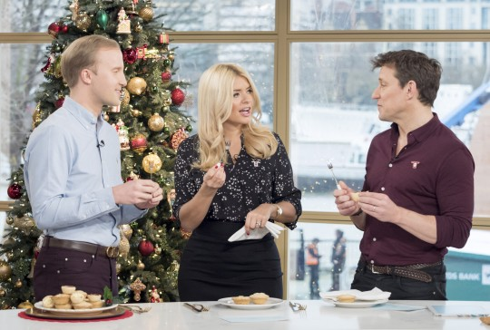 William teaching Holly and Ben on This Morning
